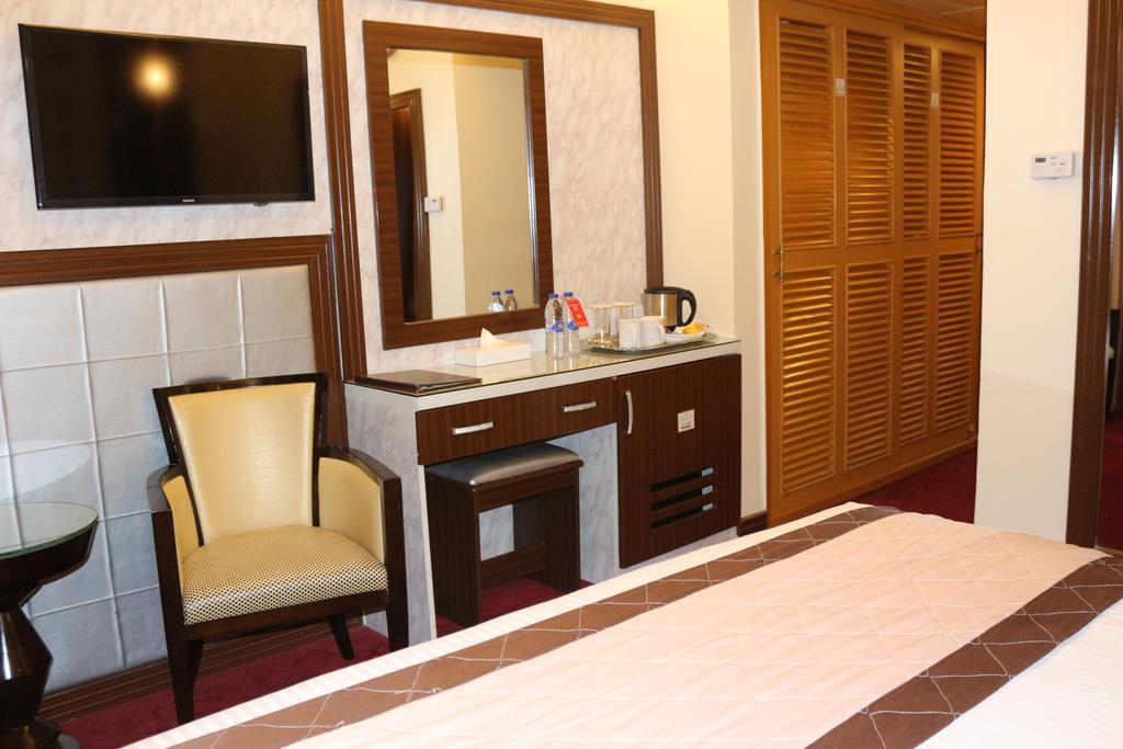 Дубай al khaleej grand hotel дом в дубае у моря аренда