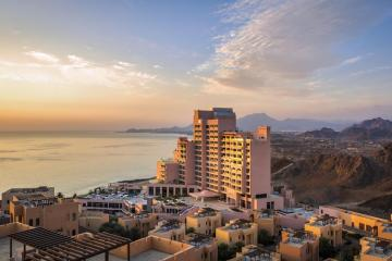 Отель Fairmont Fujairah Beach Resort ОАЭ, Фуджейра, фото 1