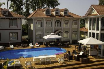 Отель Maxx Hotel Абхазия, Гудаута, фото 1