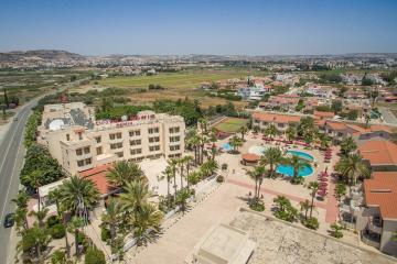Отель Crown Resorts Henipa Кипр, Ларнака, фото 1