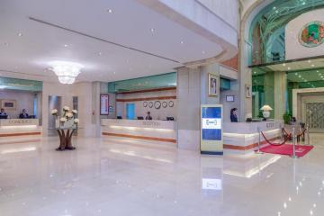 Отель Crowne Plaza Dubai ОАЭ, Дубай, фото 1