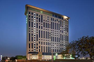 Отель Holiday Inn Dubai Festival City ОАЭ, Дубай, фото 1