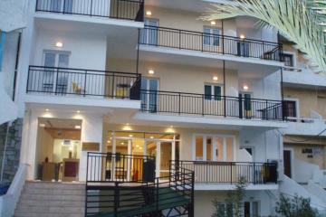 Отель Haris Apartments Греция, о. Крит-Ираклион, фото 1