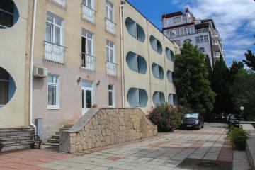 Отель Феодора пансионат (Корпус Хиит) Россия, Алушта, фото 1