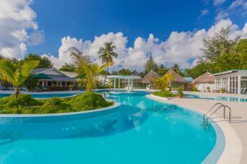 Отель Equator Village Мальдивы, Адду Атолл, фото 1