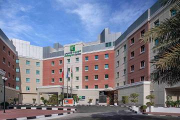 Отель Holiday Inn Express Dubai Internet City ОАЭ, Дубай, фото 1