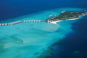 Отель Four Seasons Resort Maldives at Landaa Giraavaru Мальдивы, Баа Атолл, фото 1