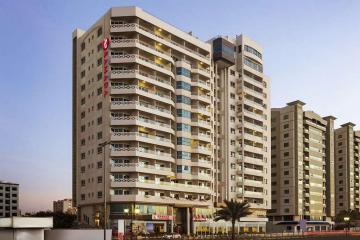 Отель Ramada Beach Hotel Ajman ОАЭ, Аджман, фото 1