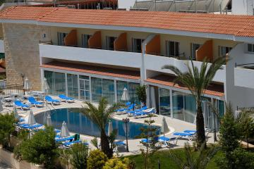 Отель M. Moniatis Hotel Кипр, Лимассол, фото 1