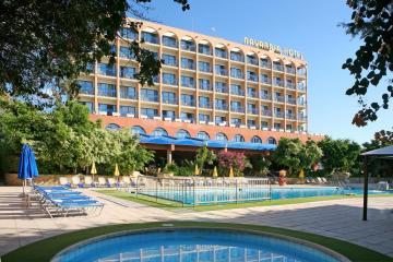 Отель Navarria Hotel Кипр, Лимассол, фото 1