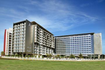 Отель Park Rotana Abu Dhabi ОАЭ, Абу Даби, фото 1