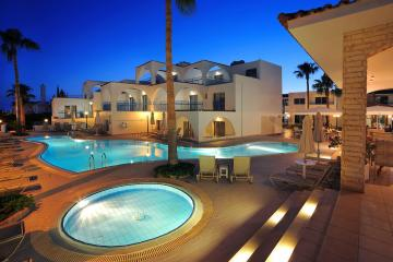 Отель Petrosana Hotel Apts Кипр, Айя-Напа, фото 1