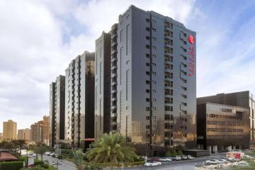 Отель Ramada Hotel & Suites Ajman ОАЭ, Аджман, фото 1