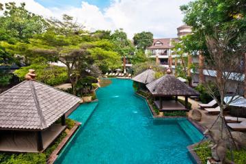 Отель Woodlands Suites Serviced Resideces Тайланд, Наклуа, фото 1