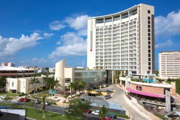 Отель Krystal Urban Cancun Centro Мексика, Канкун, фото 1