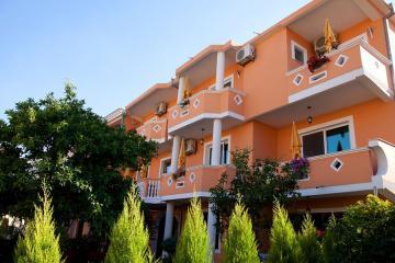 Отель Holiday Apartments Черногория, Ульцинь, фото 1