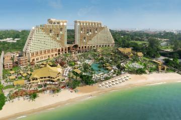 Отель Centara Grand Mirage Beach Resort Тайланд, Наклуа, фото 1