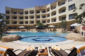 Отель Swiss Inn Pyramids Golf Resort Египет, Каир, фото 1