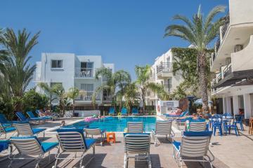 Отель Pavlinia Hotel & Apartments Кипр, Айя-Напа, фото 1
