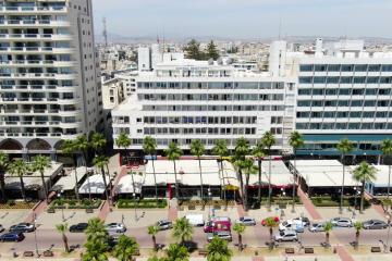 Отель Sun Hall Beach Hotel Apartments Кипр, Ларнака, фото 1