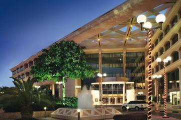 Отель Movenpick Grand Al Bustan ОАЭ, Дубай, фото 1